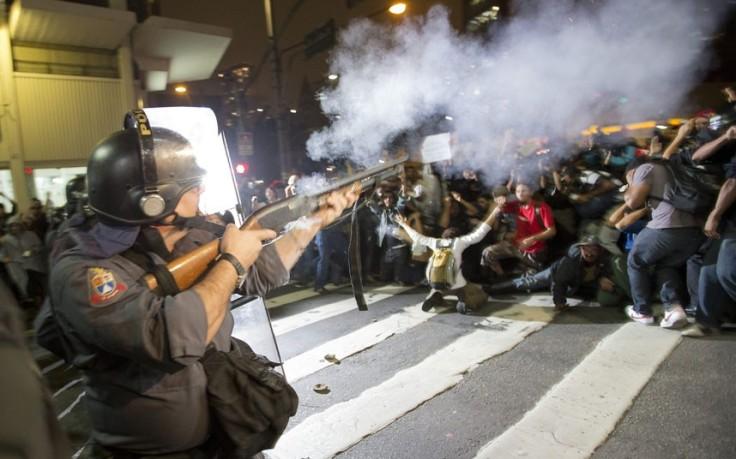 brazil-protest_2590536k