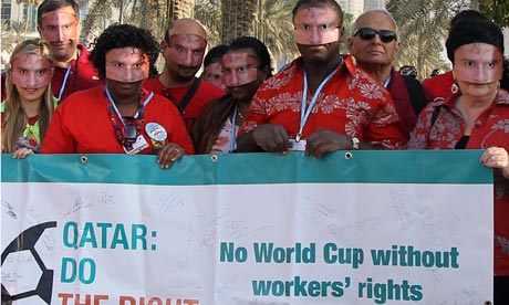 MDG : COP18 in Doha : Migrants workers union take the opportunity of a protest about environment