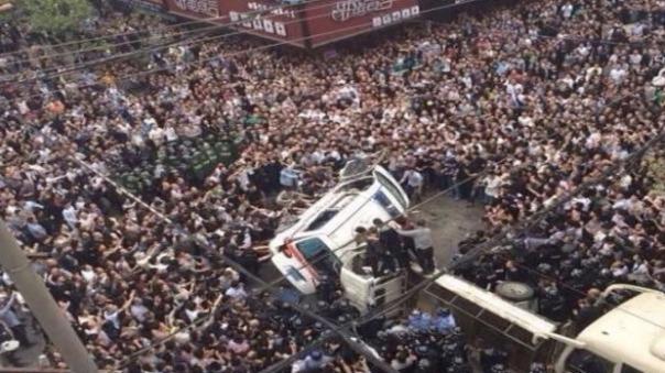 china_revolt-10-620x348